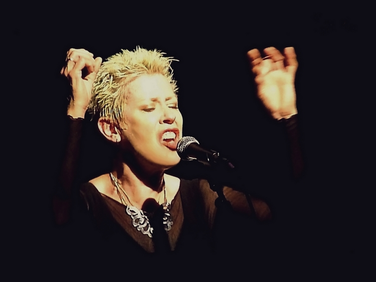 Hazel O'Connor - Edinburgh Evening News 20th August